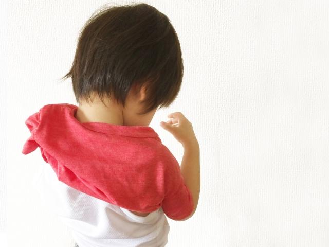 反抗期は自我が成長している証!3歳児との接し方